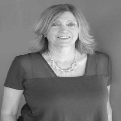 Tax preparer Mrs. Kristin King